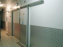 Откатные холодильные двери Infraca, коммерческая серия 002