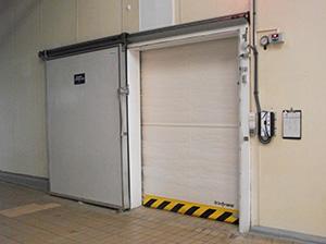 Скоростные холодильные ворота Infraca