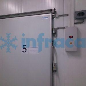 Холодильная дверь Infraca
