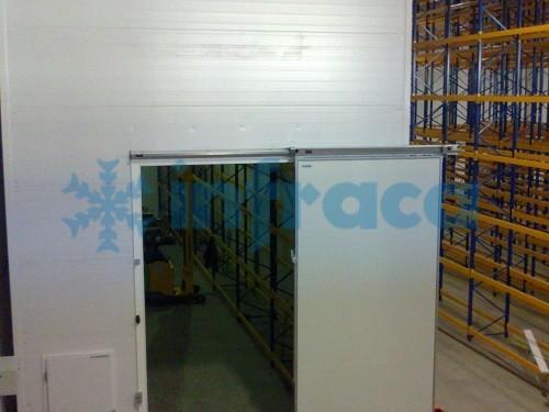 Крупногабаритная холодильная дверь